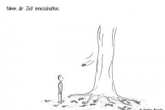 Comicfigur, die an einem Baum steht und den fallenden Blättern zuguckt - Copyright: Annika Baacke