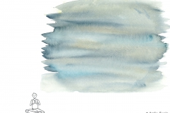 Comicfigur in Meditation, darüber blaue Aquarellfarbe - Copyright: Annika Baacke