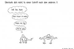 Zwei Comicfiguren beim Yoga, die eine guckt zur anderen und möchte die Haltung genauso gut können - Copyright: Annika Baacke