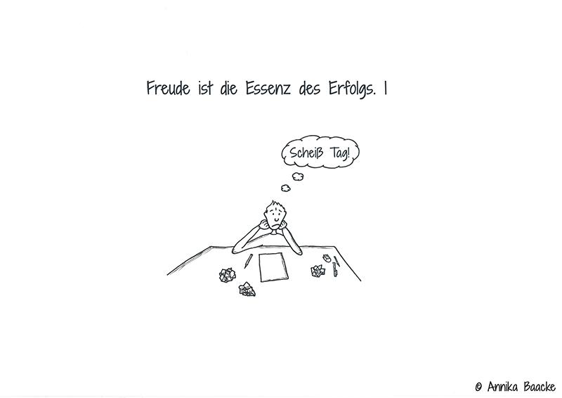 Comicfigur sitzt am Schreibtisch vor Zeichenpapier und hat schlechte Laune - Copyright: Annika Baacke